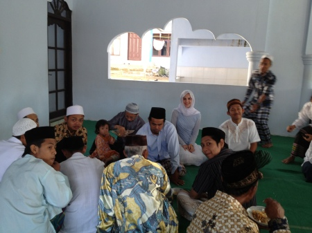 Socializing in the mosque